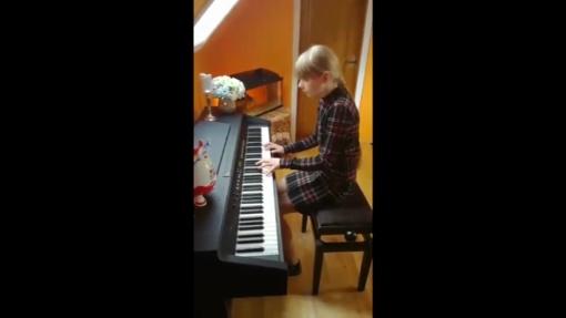 Zarasų meno mokyklos moksleiviai skyrė koncertą bibliotekai (vaizdo įrašas)