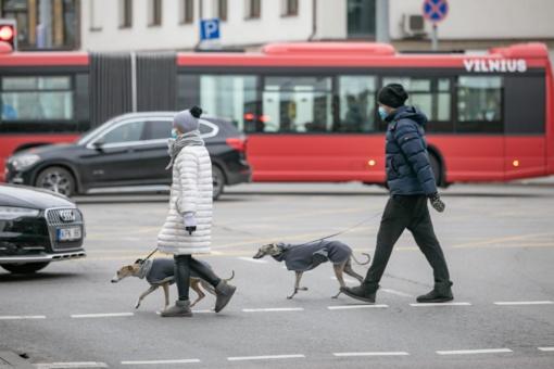 Kaip saugiai judėti mieste: patarimai keliaujantiems