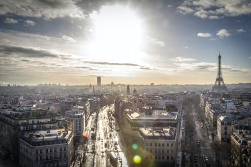 Prancūzija švelnina suvaržymus prie sienų