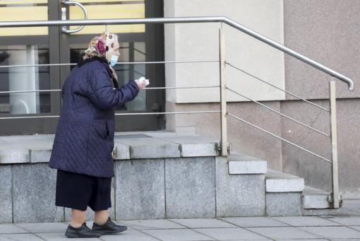 Buvę sveikatos apsaugos ministrai kreipėsi į A. Verygą: ragina nediskriminuoti senjorų