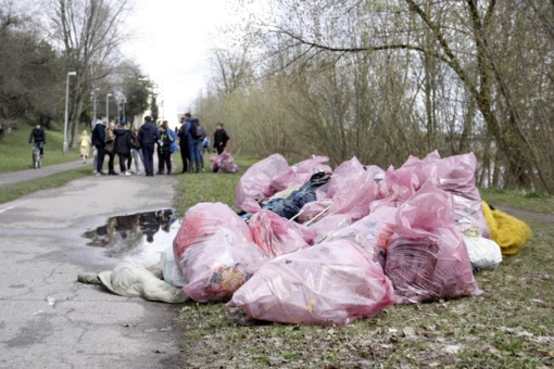Seimas nesiryžo aplinkos teršėjų bausti transporto priemonės konfiskavimu