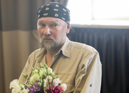 Kauno politikai pritarė siūlymui skirti Maironio premiją poetui A. Balbieriui