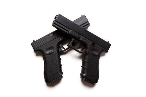 Kaune tvarkant butą rasti du pistoletai