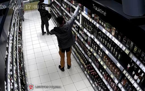 Jurbarko policija sulaikė Lietuvos parduotuvėse galimai vagiliaujančius uteniškius