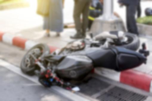 Ukmergės rajone susižalojo motociklo nesuvaldęs vyras