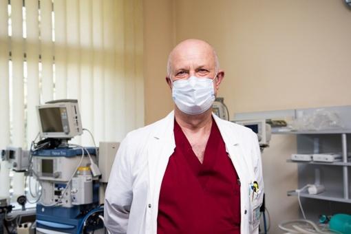 """#PriešakinėseLinijose. COVID-19 korpuso vadovas, chirurgas Rimvydas Tumas: """"Nėra kada galvoti apie baimes ir kitokius dalykus"""""""