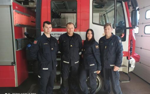Pasvalio ugniagesiai sulaukė padėkos už užgesintą gaisrą