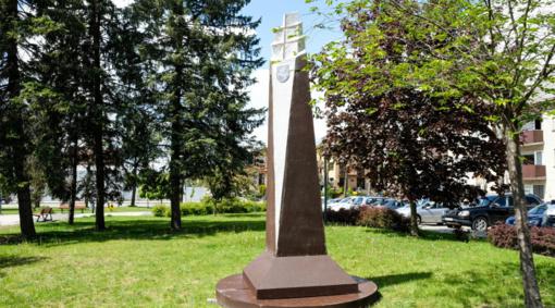 Pristatytas būsimojo paminklo Dainavos apygardos partizanams maketas