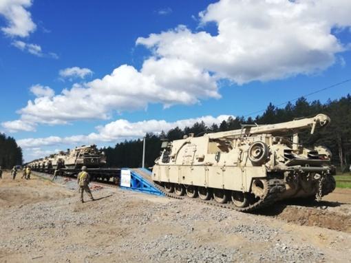 Švenčionių rajone atidaryta NATO technikai skirta geležinkelio atšaka
