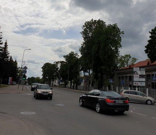 Tauragėje pradėti statyti sunkiasvorių transporto priemonių eismo ribojimo ženklai