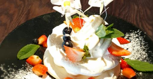 Pirmasis Alytaus miesto gimtadienio desertas – morengų pyragas. O koks bus kitas?