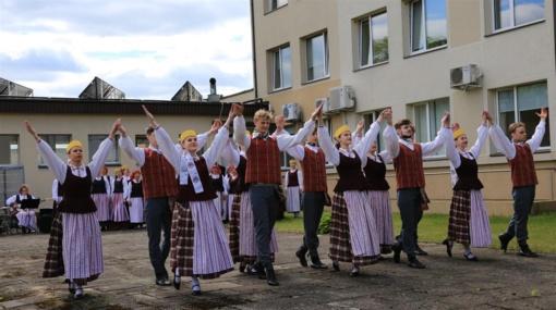"""Tauragiškiai projekte ,,Ačiū, Lietuva"""" padėkojo Tėvynei"""