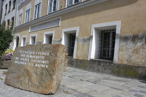 Namas Austrijoje, kuriame gimė Hitleris, bus pertvarkytas į policijos nuovadą