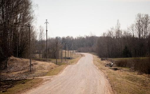Kelių direkcija asfaltuos žvyrkelius