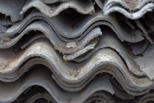 Kur dėti seną asbestinę stogo dangą?
