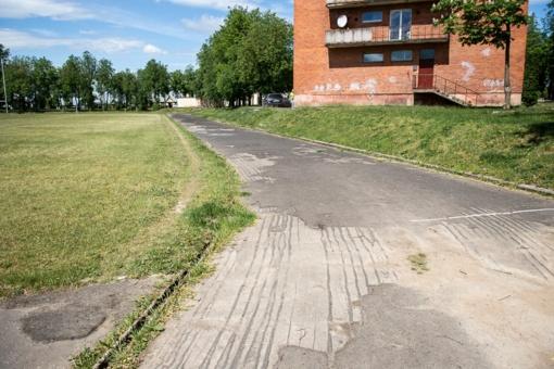 K. Paltaroko gimnazija už pusę milijonų eurų renovuos stadioną