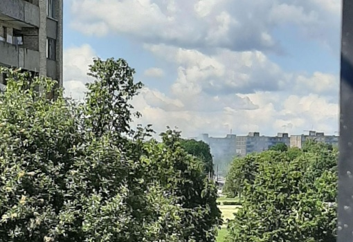 Prie Draugystės parko užsiliepsnojo jaunimo pamėgtas apleistas pastatas