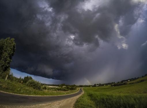 Orai: audringa savaitė eina į pabaigą – savaitgalį bus ramiau
