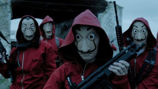 """Serialo apžvalga: """"Money Heist"""" (2017)"""