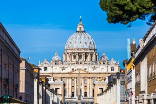 Vakarėlis, kuris nebus pamirštas – 50 prostitučių šoko Popiežiaus rūmuose Vatikane