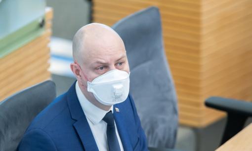 Padaugėjus viruso atvejų, A. Veryga perspėja, kad skuba būriuotis turi savo kainą