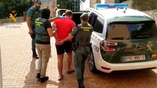 Ispanijoje pagauta narkotikų prekyba užsiimanti lietuvių grupuotė