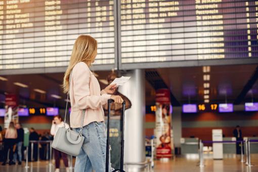 Lietuvos oro uostuose daugėja keleivių, atsigavimas gali užtrukti ilgiau