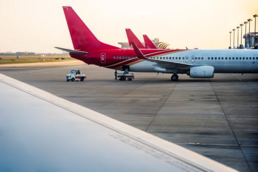 Lietuva siekia, kad ES nepriimtų į Minską skraidančių avialinijų lėktuvų