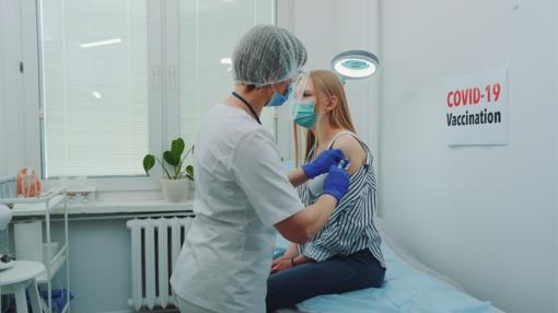 PSO ragina Rusiją paisyti visų reikalavimų kuriant vakciną nuo koronaviruso
