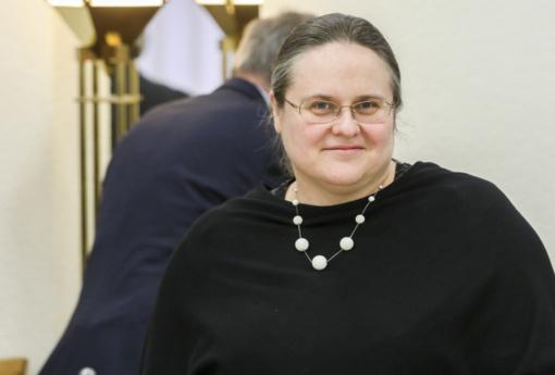 Po prezidento atsakymo A. Širinskienė toliau kreipsis į KT: stebisi nepaskirtais teisėjais