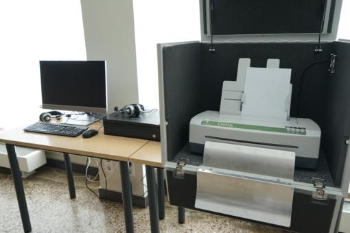 Bibliotekoje įdiegta įranga akliesiems ir silpnaregiams