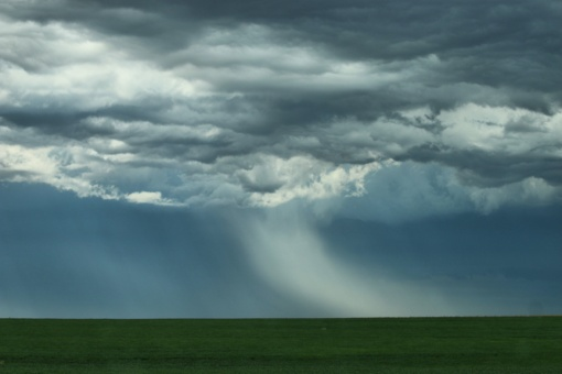 Orai: karštis palaipsniui atslūgs, bet krituliai nesitrauks