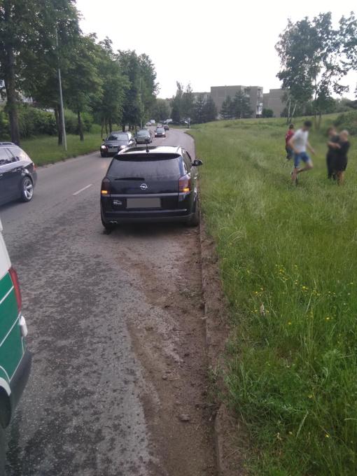 Alytaus policija prašo atsiliepti Sudvajų gatvėje eismo įvykius mačiusius asmenis
