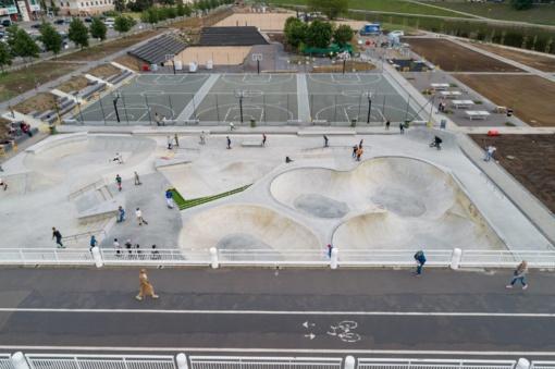 Baltojo tilto aikštyne – baigiamieji darbai prieš naują sporto erdvės startą