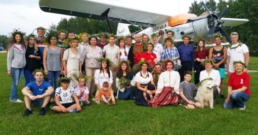 Joninės 2020: oro žmonės atsigręžė į senąsias tradicijas