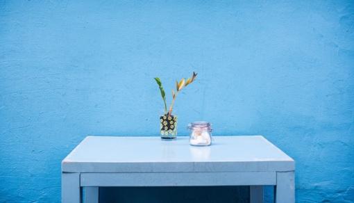 Liaudies patarimai: kokių daiktų geriau nepalikti ant stalo?