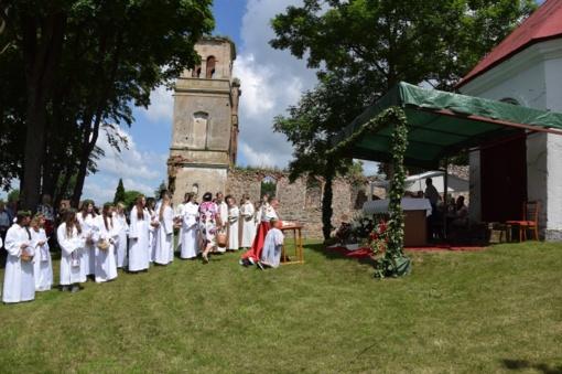 Bartninkuose įvyko tradiciniai šv. Petro ir Pauliaus atlaidai ir Petrinių šventė