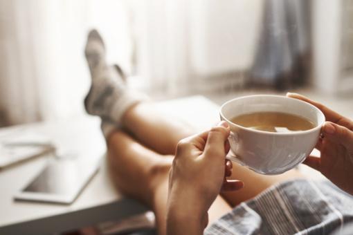 Tonizuojanti arbata – kokią geriausia rinktis?