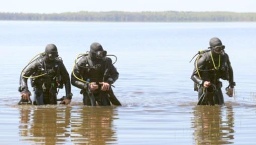 Dusios ežere – Lietuvos kariuomenės nardymo pratybos