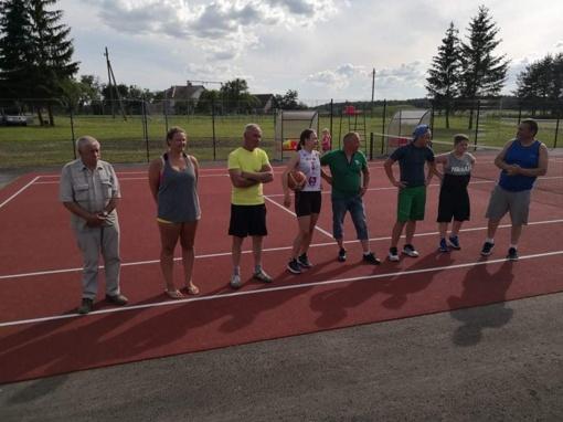 Šiaulėnuose ir Grinkiškyje (Radviliškio rajone) atidaryti sporto aikštynai