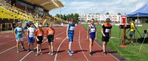 Iš vaikų lengvosios atletikos varžybų - su aukso medaliu