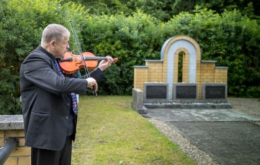 Jurbarko genocido aukų kapinėse pagerbtas žydų ir lietuvių atminimas