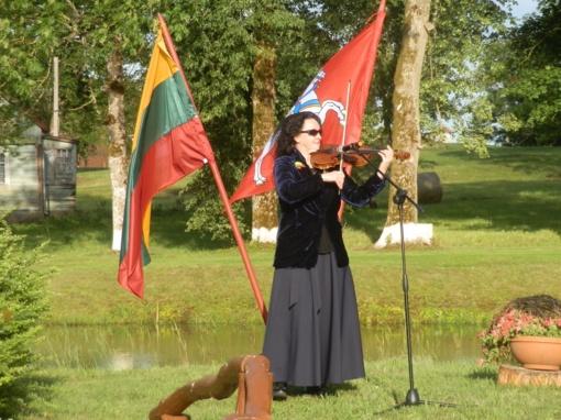 Lenkimuose skambėjo himnas Lietuvai