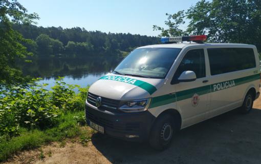 Visą vasarą - pareigūnų papildomas dėmesys vandens telkinių ir poilsio zonų prieigoms