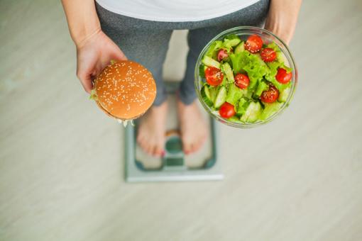 Kenksmingi maisto produktai, kurių neturėtų valgyti moterys