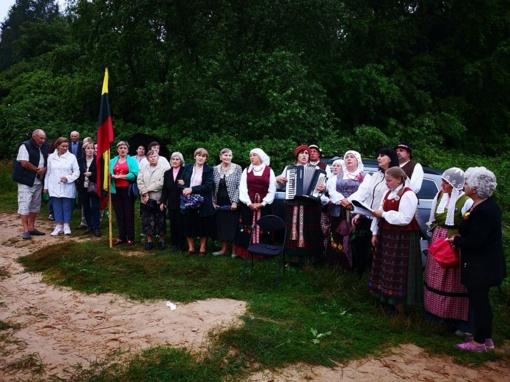 Valstybės šventę Jiezno seniūnijos bendruomenės paminėjo jaukiai ir smagiai