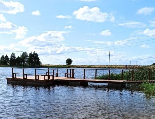 Virbalio tvenkinyje – nauja pontoninė valčių prieplauka