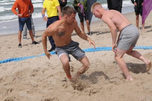 Giruliuose paaiškėjo Lietuvos atviro paplūdimio imtynių čempionato nugalėtojai