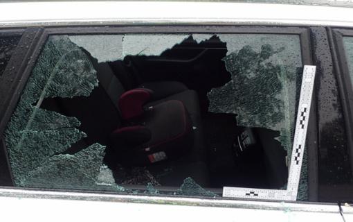 Automobilyje palikus rankinę – nemaloni staigmena