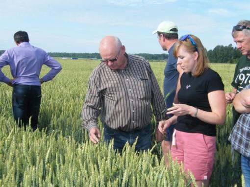 Susipažinta su beariminės žemdirbystės technologija, pasidalinta patirtimi…